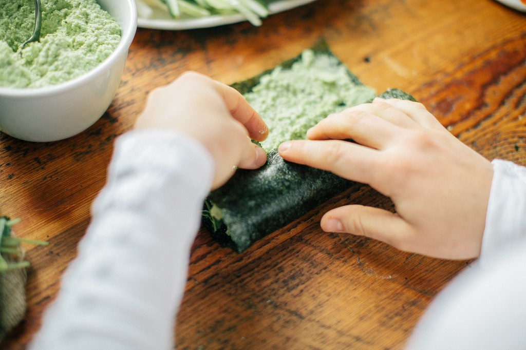 HY_Hand Rolled Seaweed Sushi-33
