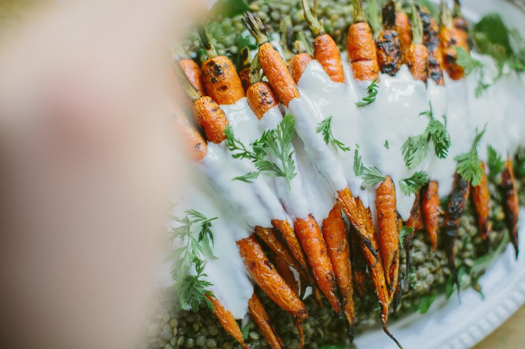 Grilled Carrots with Horseradish Yogurt Sauce over Lentils Happyolks-36