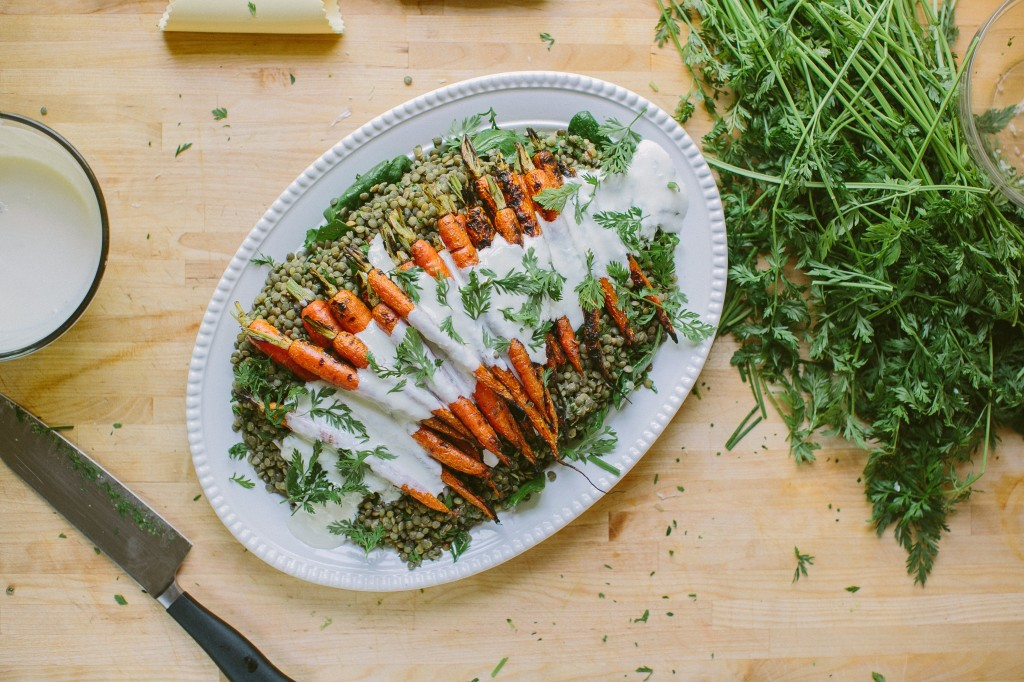 Grilled Carrots with Horseradish Yogurt Sauce over Lentils Happyolks-38