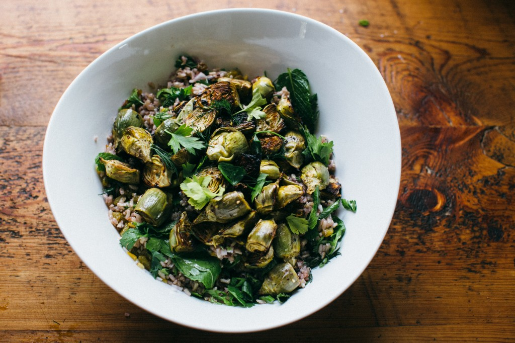 Grilled Za'atar Artichokes and Wild Rice Salad via www.happyolks.com